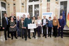 Neckarbischofsheim erhielt den Newcomer-Preis beim Wettbewerb der landesweiten Initiative Meine. Deine. Eine Welt. 2019 der Stiftung Entwicklungs-Zusammenarbeit Baden-Württemberg. Die Preisverleihung fand am 11. Dezember in Stuttgart statt.