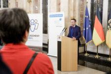 Philipp Keil, Geschäftsführender Vorstand der SEZ, bei der Preisverleihung Meine. Deine. Eine Welt. 2019